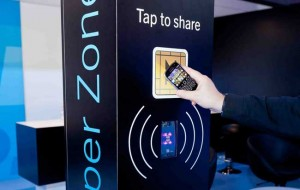 iphone-nfc-near-field-communication